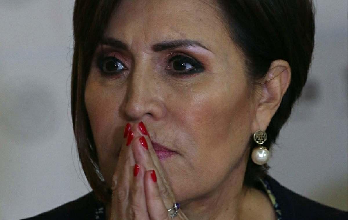 Rosario Robles se hace la mártir
